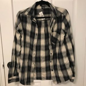 🆕Black and White Flannel